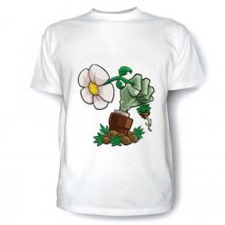 Футболка с рисунком зомби против растений